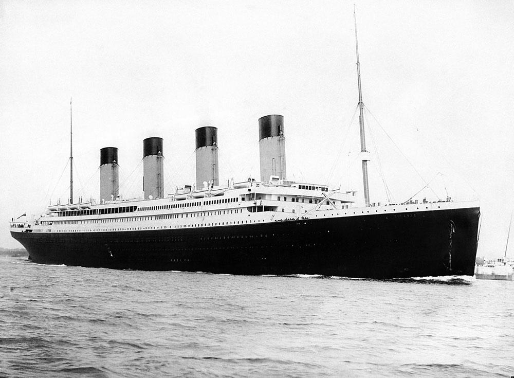 処女航海で沈没したタイタニック号の貴重な写真